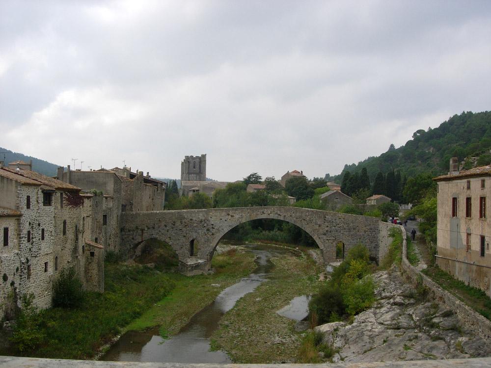 Abadía de Lagrasse 01