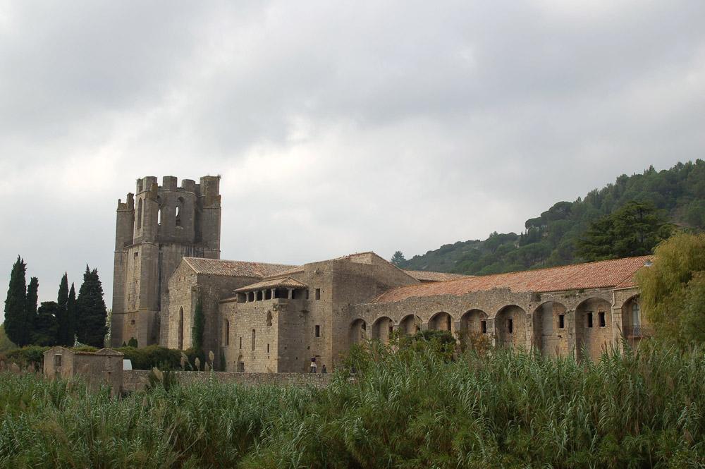 Abadía de Lagrasse 02